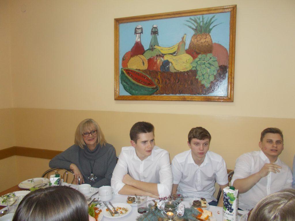 2016-12-20-wigilia-w-internacie-29