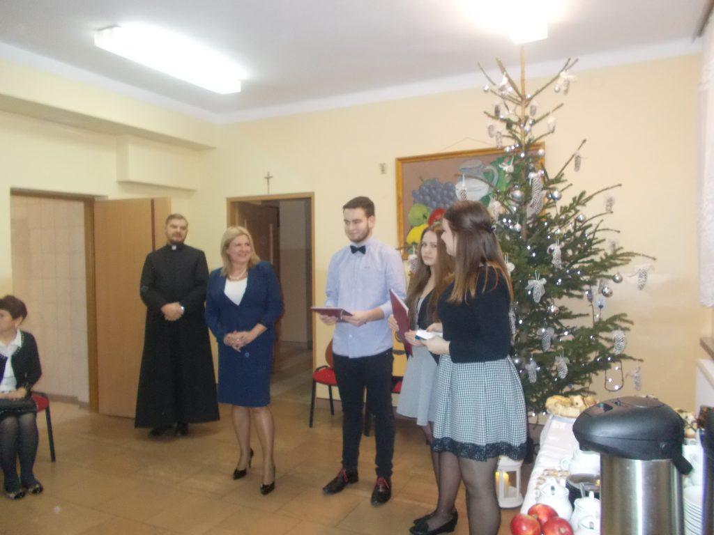 2016-12-20-wigilia-w-internacie-3